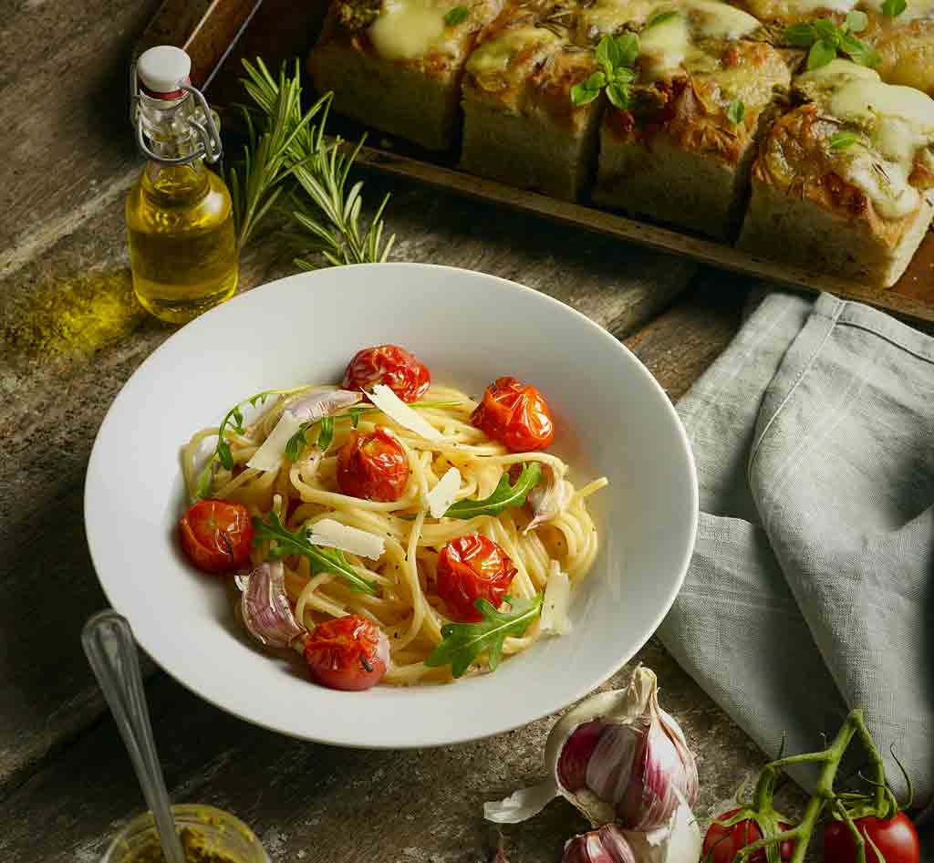 Roast Tomato, Rocket & Mascarpone Pasta with pesto and mozzarella focaccia
